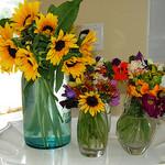Доставката на цветя – романтика или отживелица