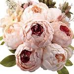 Букети за всеки повод от флорално студио Тиаре